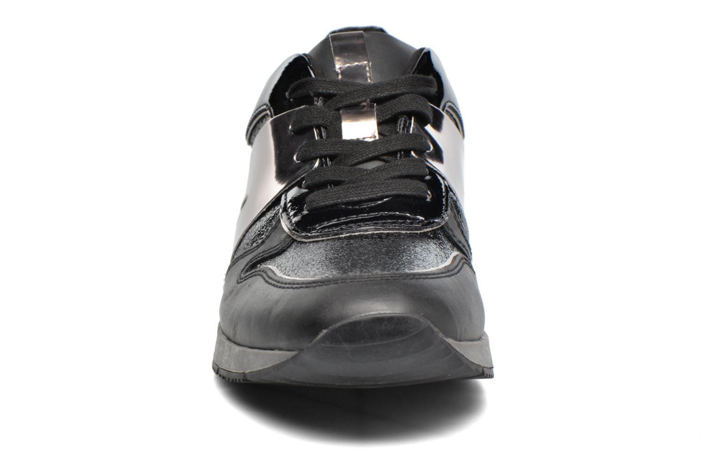 Baskets Tamaris Œillet Noir vue portées chaussures