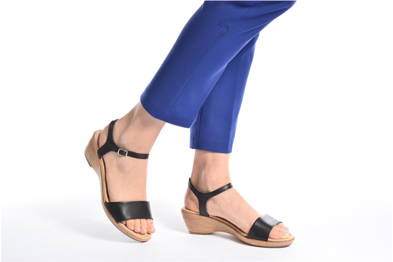 Sandales et nu-pieds Tamaris Balsa Noir vue bas / vue portée sac