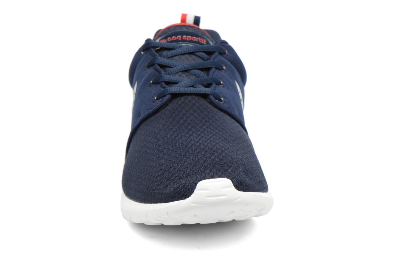 Baskets Le Coq Sportif Dynacomf Open Mesh Bleu vue portées chaussures
