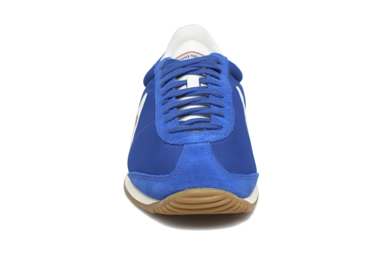 Baskets Le Coq Sportif Quartz Gum Bleu vue portées chaussures