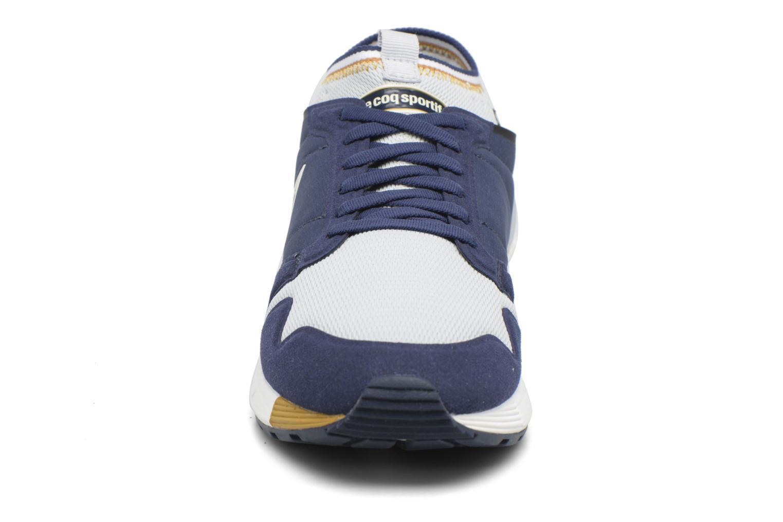 Baskets Le Coq Sportif Omicron Techlite Bleu vue portées chaussures