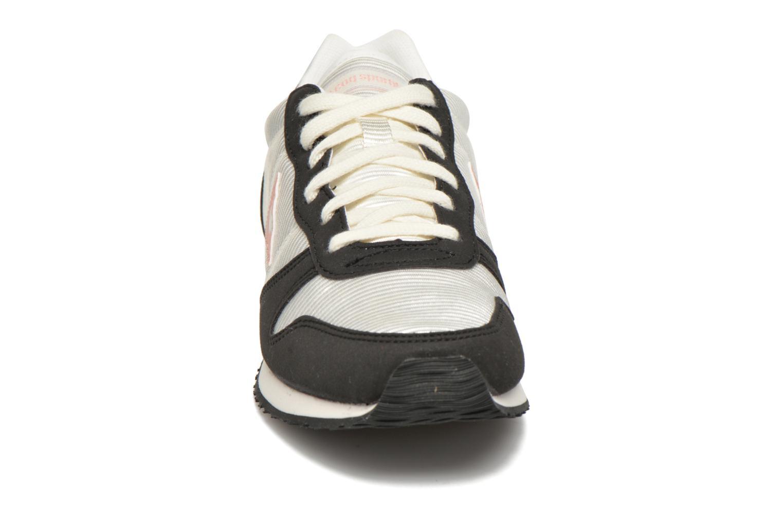 Baskets Le Coq Sportif Alice S Suede/Nylon Blanc vue portées chaussures