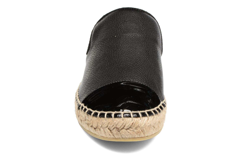 Zoccoli Billi Bi Zalia Nero modello indossato