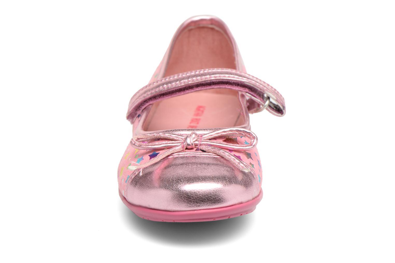 Ballerines Agatha Ruiz de la Prada Glow Rose vue portées chaussures