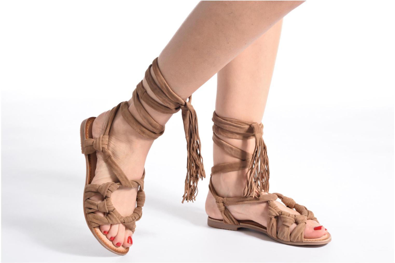 Sandales et nu-pieds Gioseppo Aladina Noir vue bas / vue portée sac