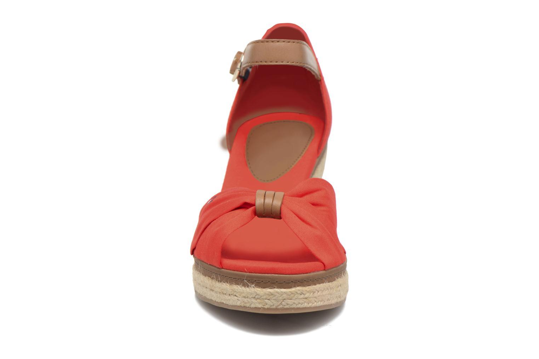 Espadrilles Tommy Hilfiger Elba 40D Rouge vue portées chaussures