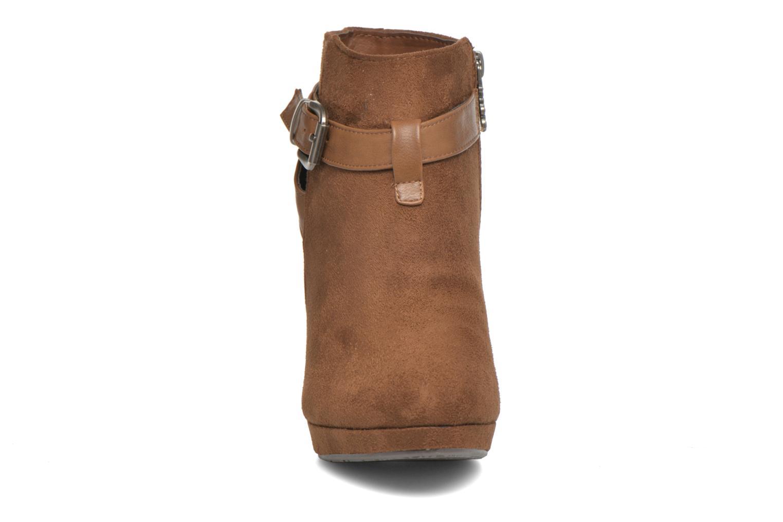 Bottines et boots Refresh Selma-61227 Marron vue portées chaussures