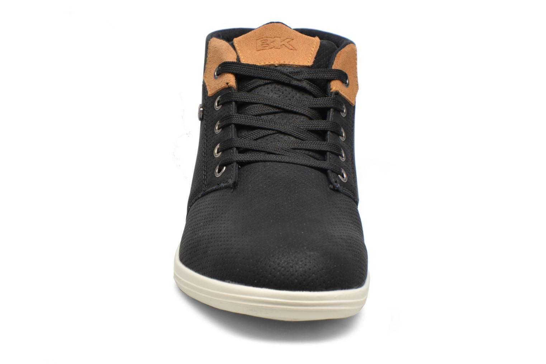 Baskets British Knights Copal mid Noir vue portées chaussures