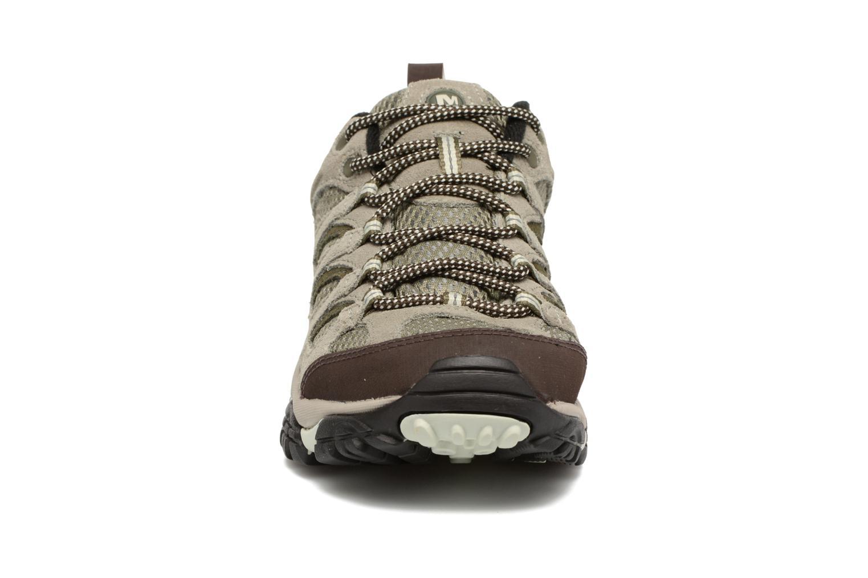Chaussures de sport Merrell Moab Ventilator W Gris vue portées chaussures