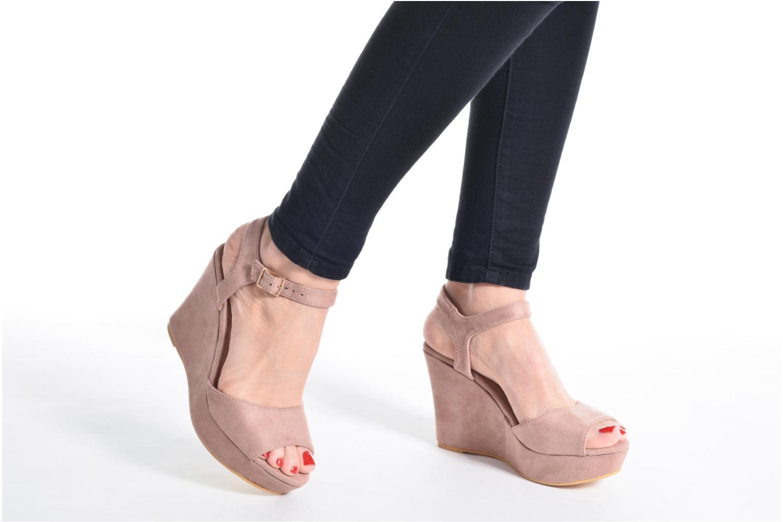 Sandalen Refresh Mack rosa ansicht von unten / tasche getragen