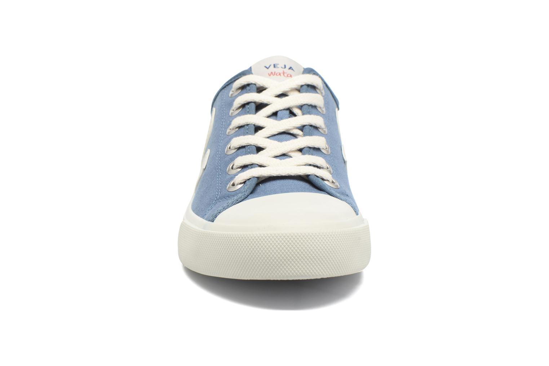 Baskets Veja Wata Bleu vue portées chaussures