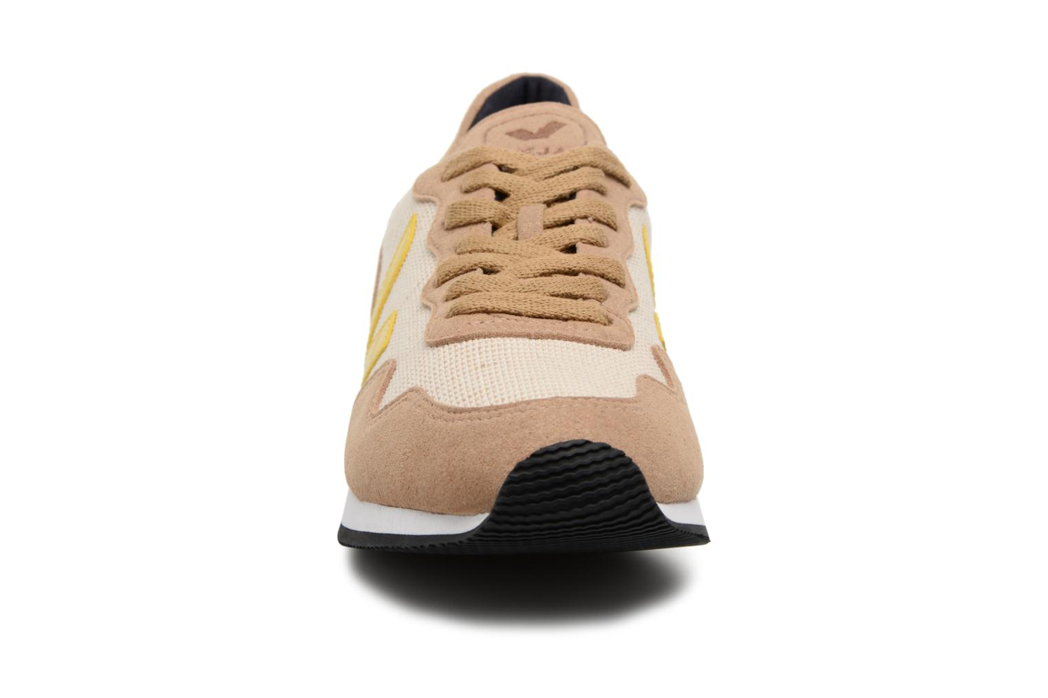 Trainers Veja Sdu Yellow model view