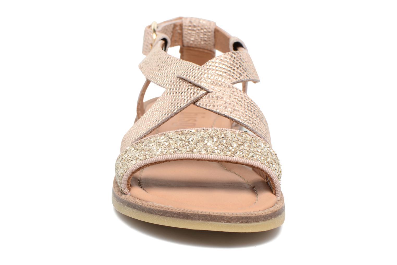 Sandales et nu-pieds Bisgaard Mia Or et bronze vue portées chaussures