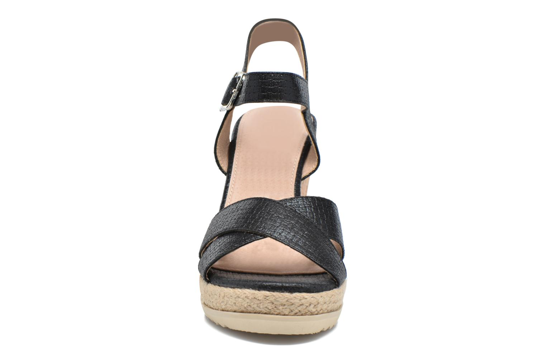 Sandales et nu-pieds Xti Niyl 46586 Noir vue portées chaussures