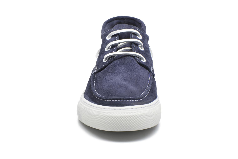 Baskets Selected Homme August Hightop Boat Shoe Bleu vue portées chaussures