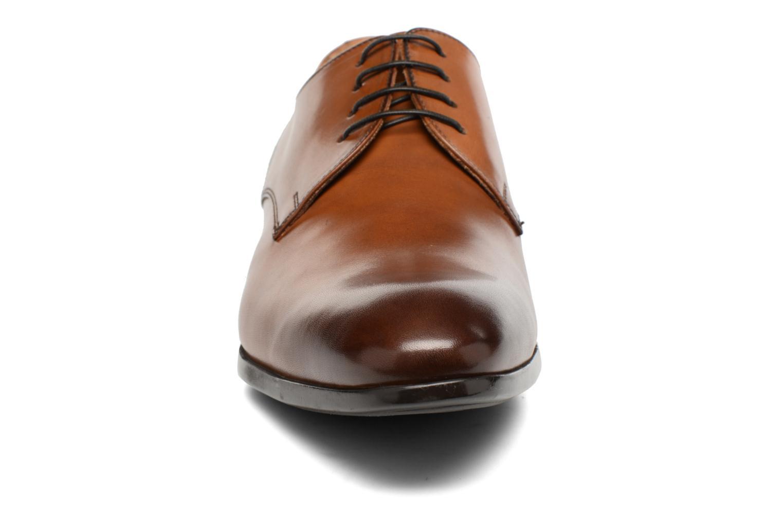 Snörade skor Doucal's OSCAR Vichy Brun bild av skorna på