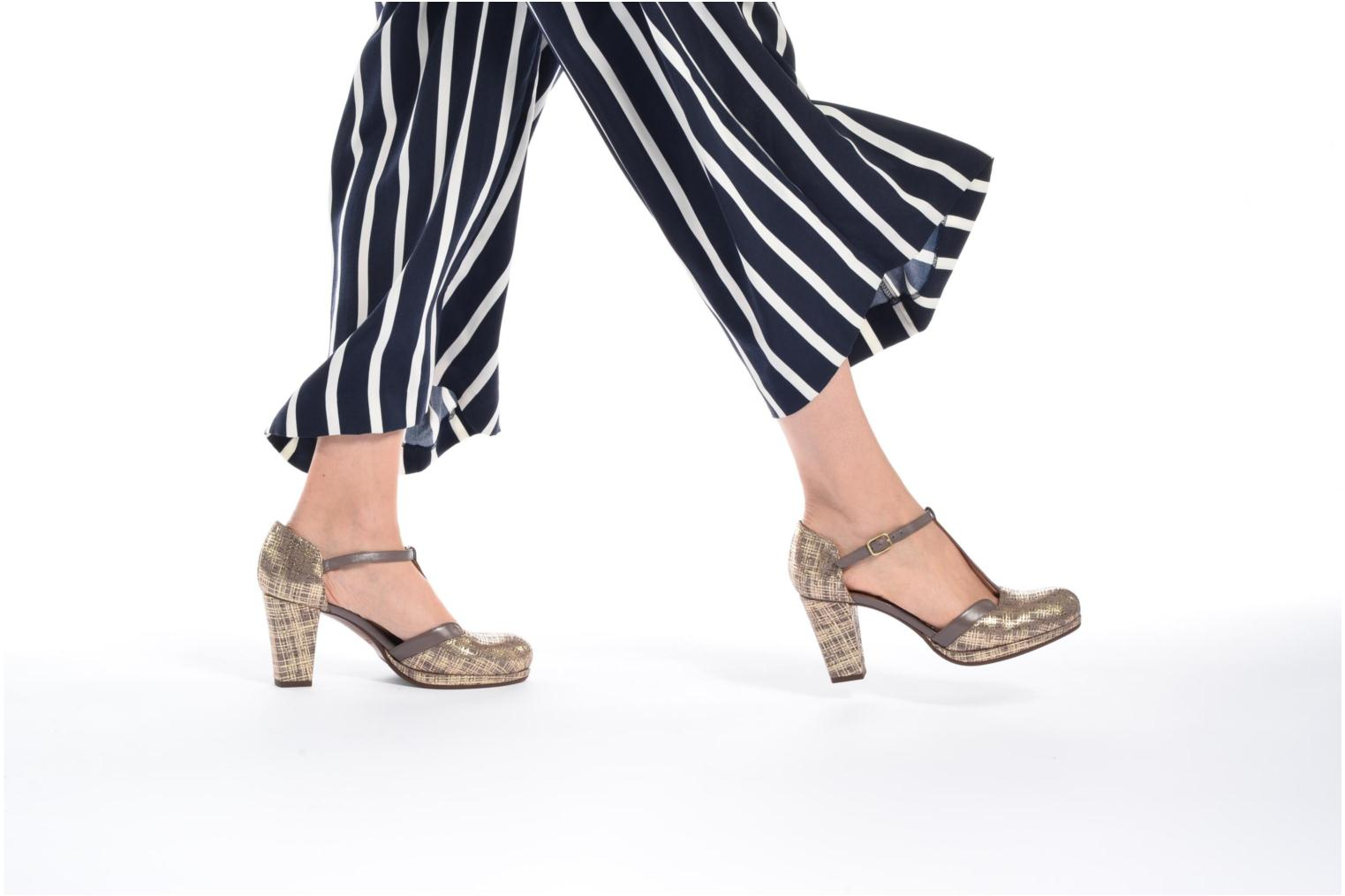 Sandals Chie Mihara Shogo Brown view from underneath / model view