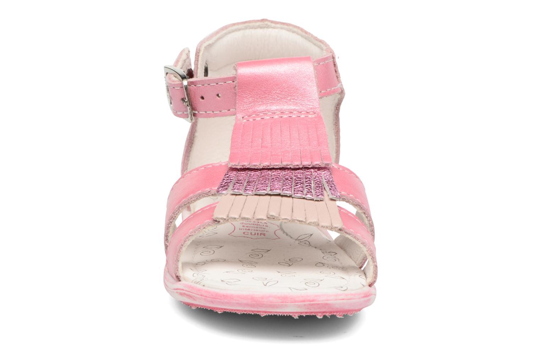Sandales et nu-pieds Bopy Botica Rose vue portées chaussures