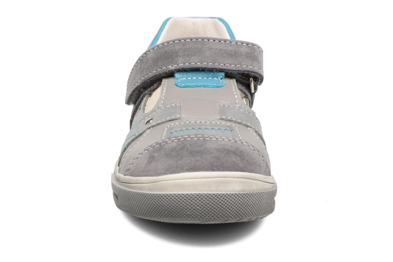 Zapatos con velcro Bopy Vadiso Gris vista del modelo