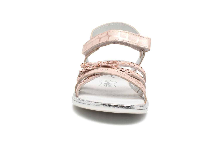 Sandales et nu-pieds Bopy Enzaco Rose vue portées chaussures