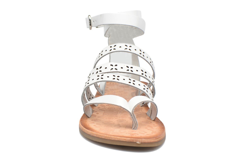 Sandales et nu-pieds Gioseppo Estelar Blanc vue portées chaussures