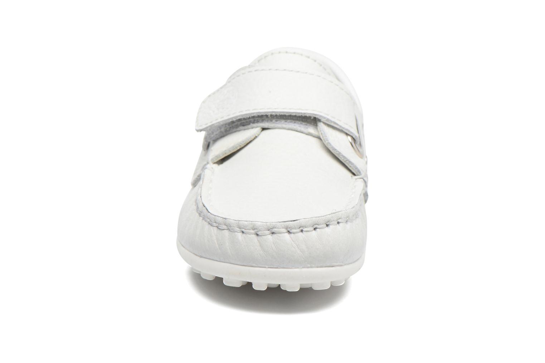 Zapatos con velcro Melania Danielo Blanco vista del modelo