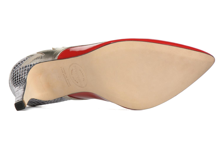 Rock-a-hula #10 Vernis rojo + galaxy lam pegaso + vernis + bengala velour ivory