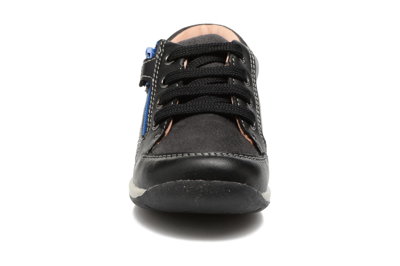 Baskets Geox B Each B. A B720BA Noir vue portées chaussures