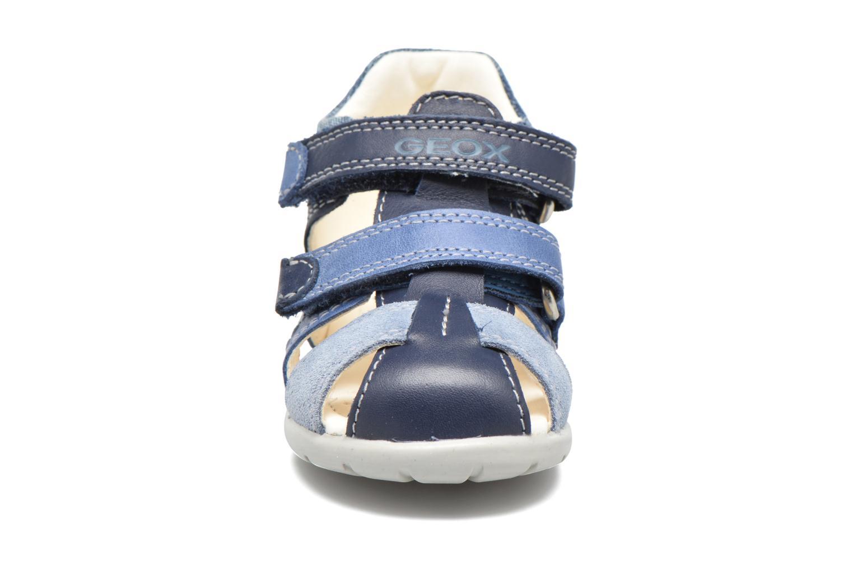 Sandales et nu-pieds Geox B Kaytan B.C B7250C Bleu vue portées chaussures