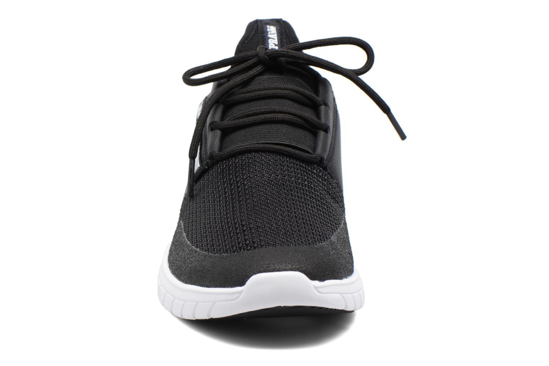 Baskets Supra Flow Run Noir vue portées chaussures
