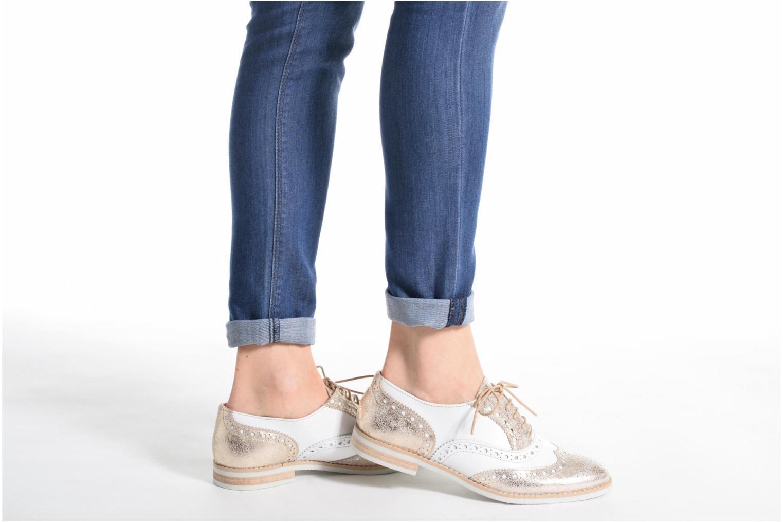 Chaussures à lacets Georgia Rose Ninish Or et bronze vue bas / vue portée sac
