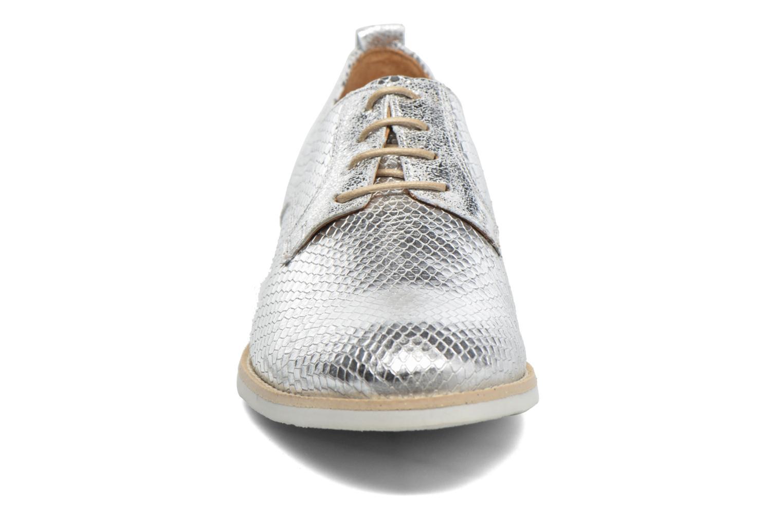 Chaussures à lacets Georgia Rose Nitrou Argent vue portées chaussures