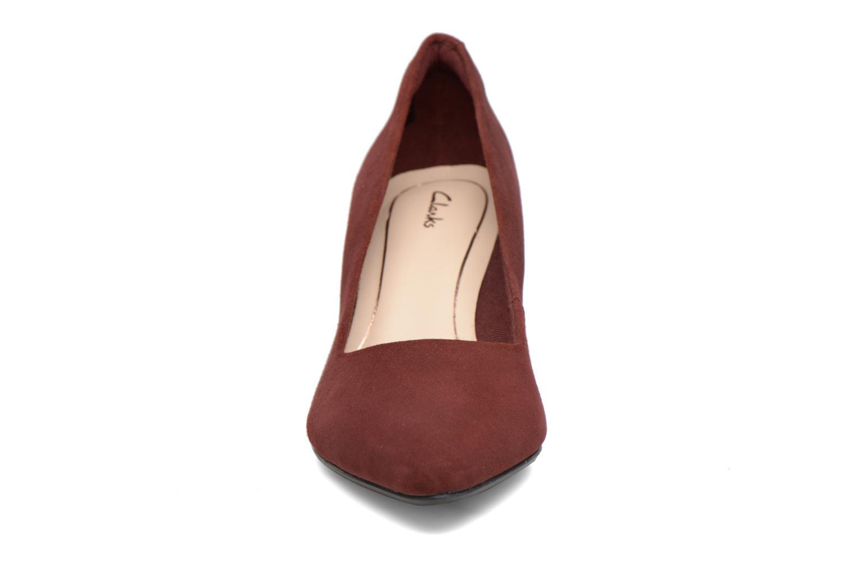 Escarpins Clarks Isidora Faye Bordeaux vue portées chaussures