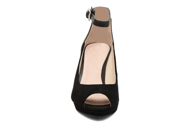 Høje hæle Clarks Kendra Ella Sort se skoene på