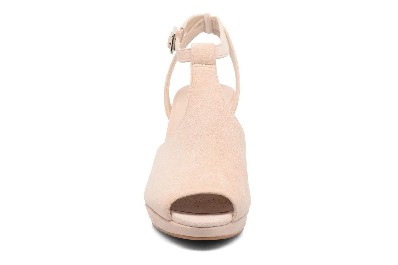 Escarpins Clarks Kendra Charm Rose vue portées chaussures