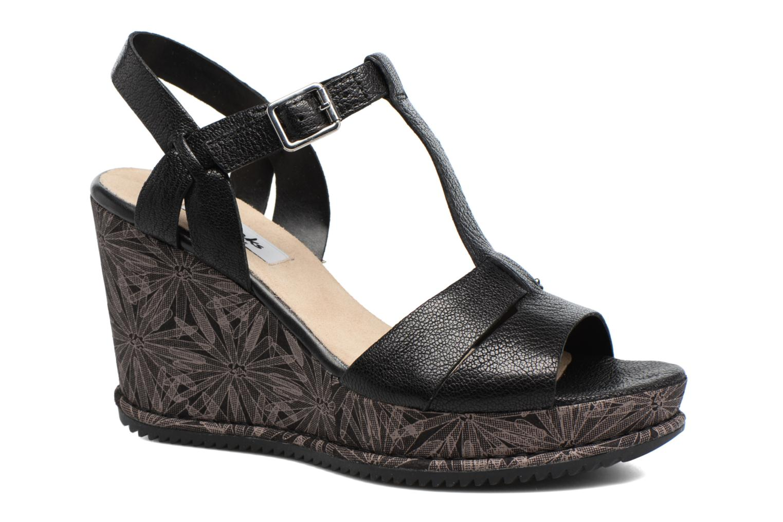 Adesha River Black leather