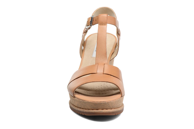 Adesha River Tan Leather
