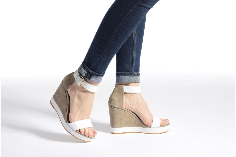 Sandales et nu-pieds Anaki Wave Or et bronze vue bas / vue portée sac