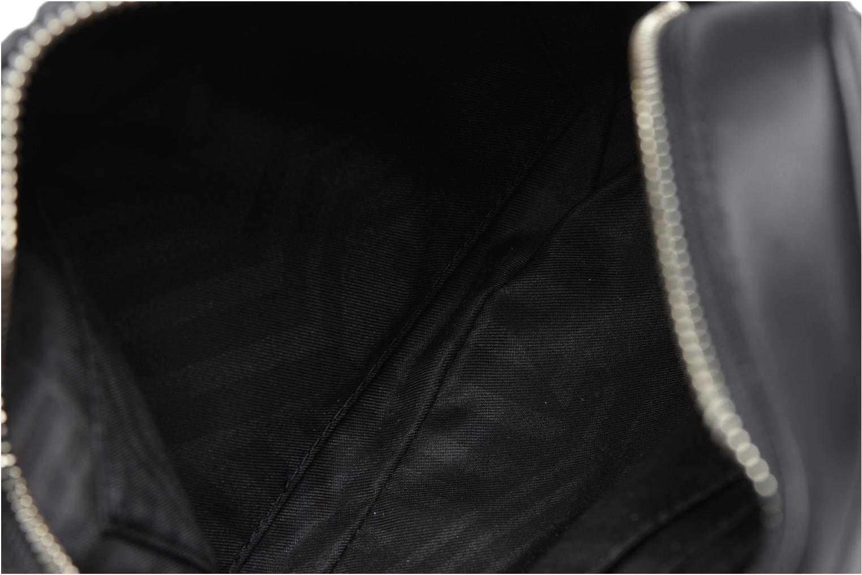 CHASE CAMERA CROSSBODY Black 001