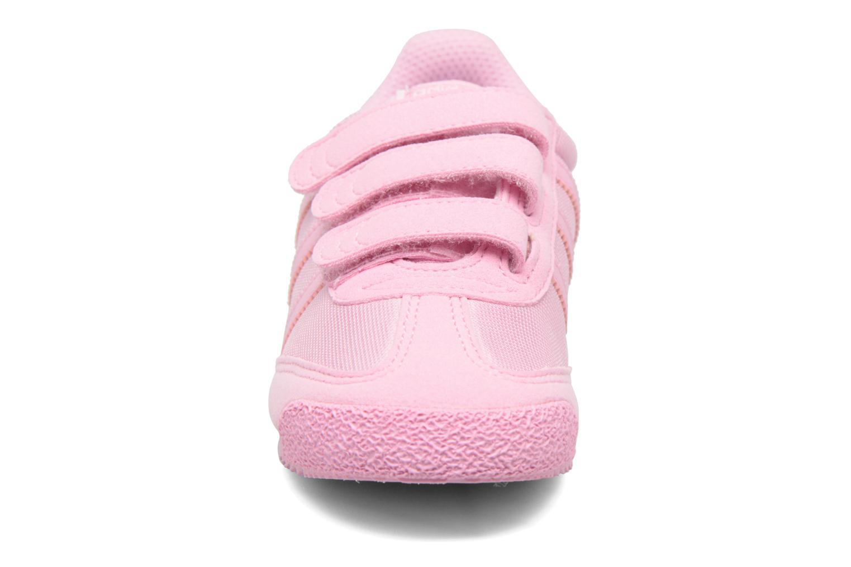 Sneakers Adidas Originals Dragon Og Cf C Rosa modello indossato