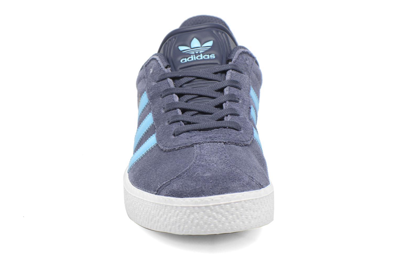 Trainers Adidas Originals Gazelle J Grey model view