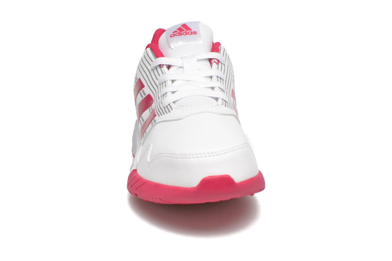 Scarpe sportive Adidas Performance Altarun K Rosa modello indossato