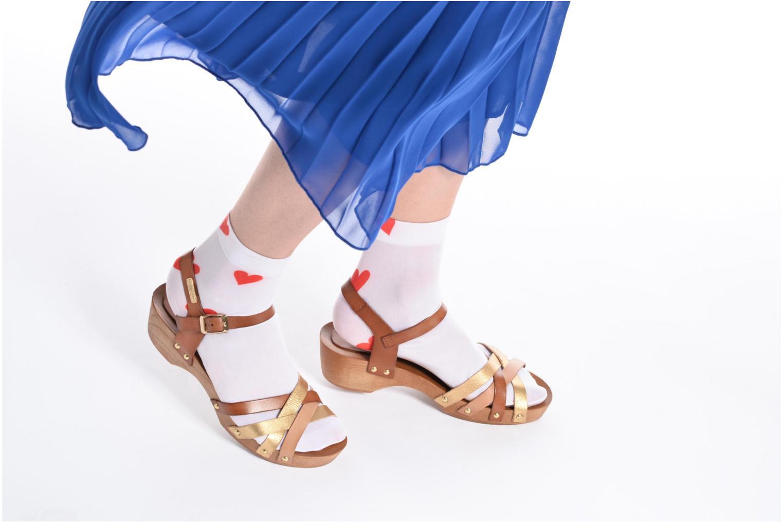 Sandales et nu-pieds Les Tropéziennes par M Belarbi Pluie Marron vue bas / vue portée sac