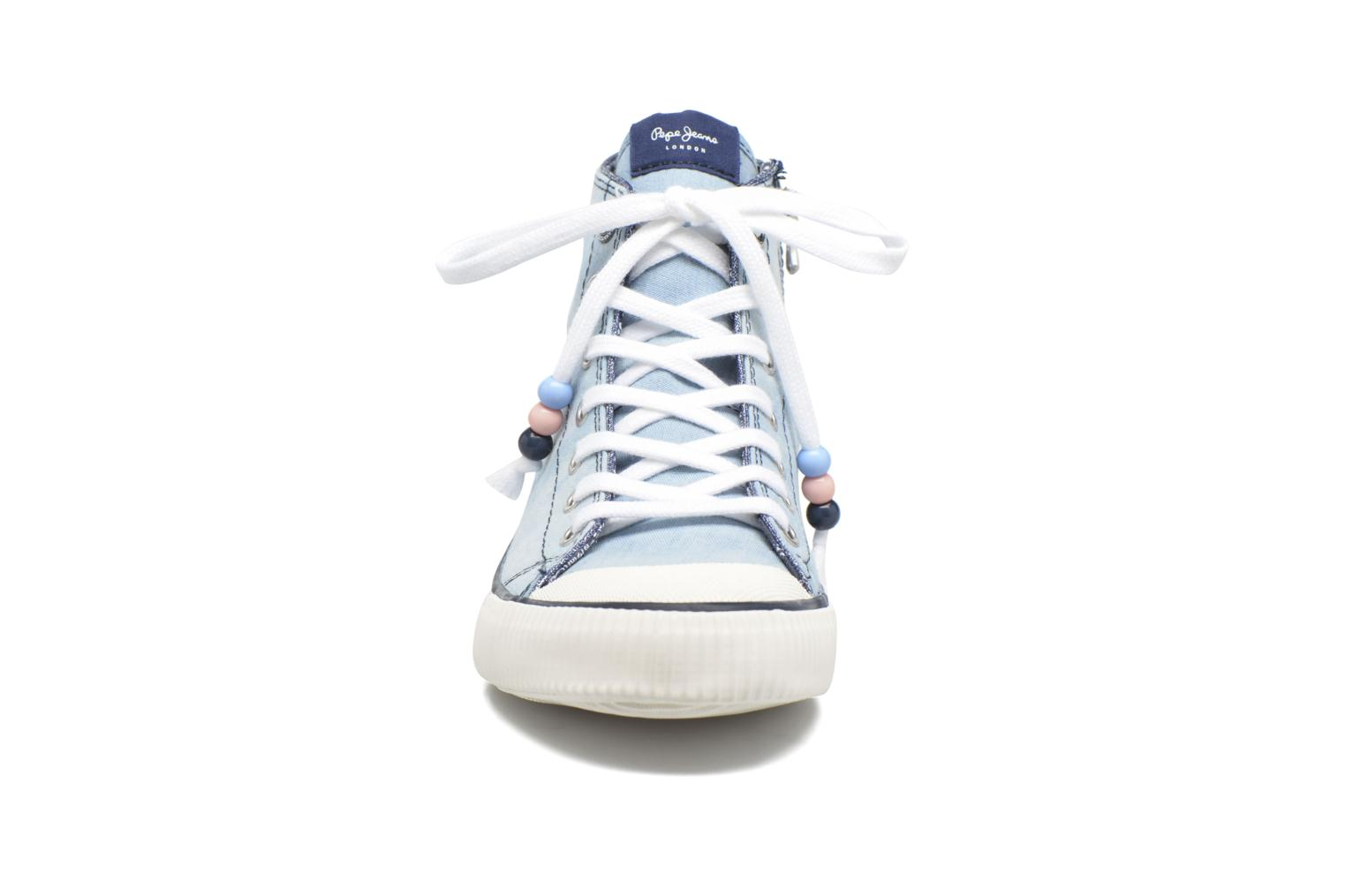 Baskets Pepe jeans Industry Embroidery Bleu vue portées chaussures