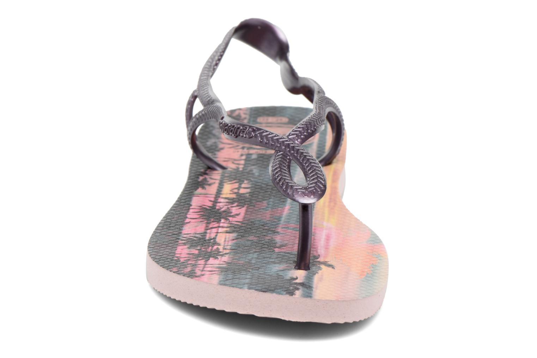 Sandales et nu-pieds Havaianas Luna Print Rose vue portées chaussures