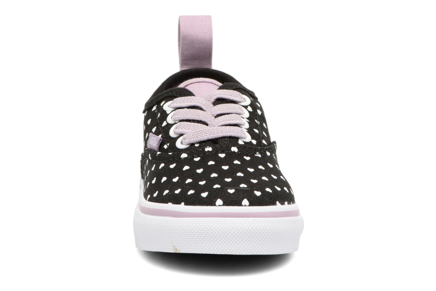 Deportivas Vans Authentic Elastic Lace BB Negro vista del modelo