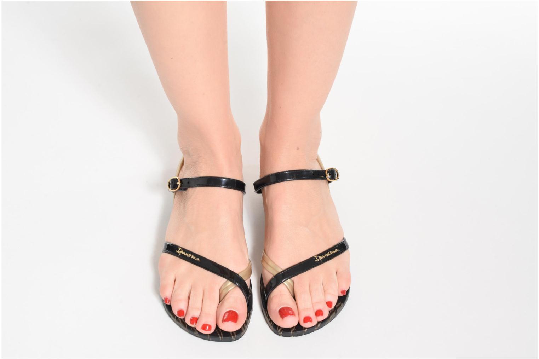 Sandales et nu-pieds Ipanema Fashion Sandal IV F Noir vue bas / vue portée sac