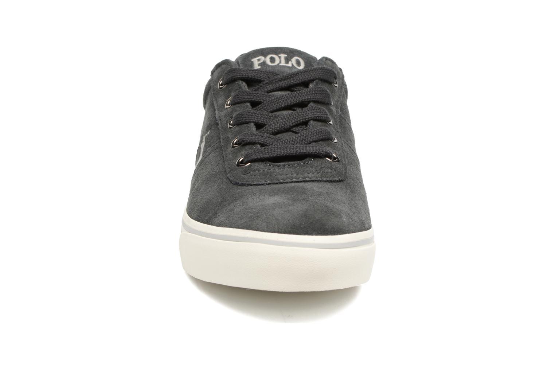 Baskets Polo Ralph Lauren Hanford-Sneakers-Vulc Gris vue portées chaussures