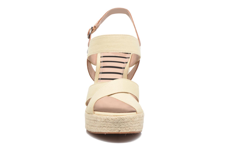 Sandales et nu-pieds Pepe jeans Walker Plain Beige vue portées chaussures