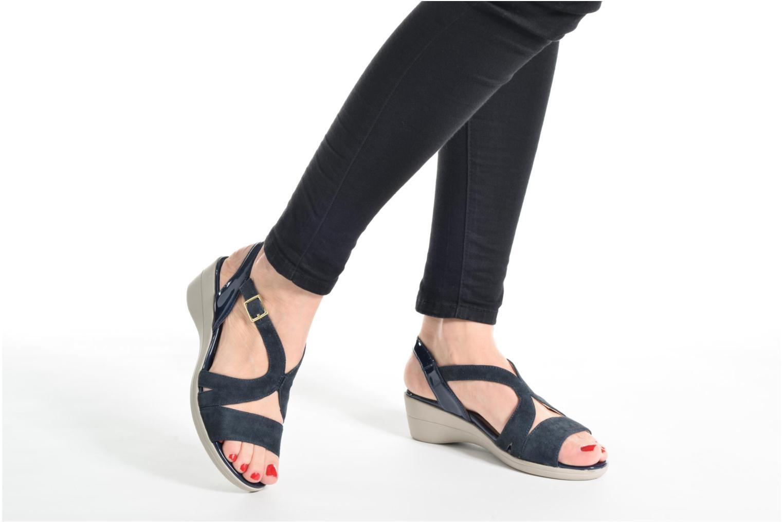 Sandales et nu-pieds Stonefly Vanity III Bleu vue bas / vue portée sac